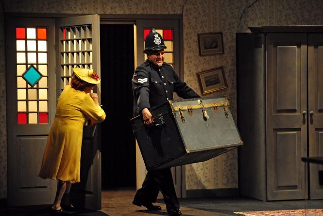 Spektakl Trzeba zabić starszą panią