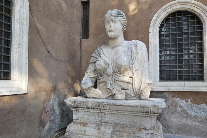 mówiące posągi w Rzymie