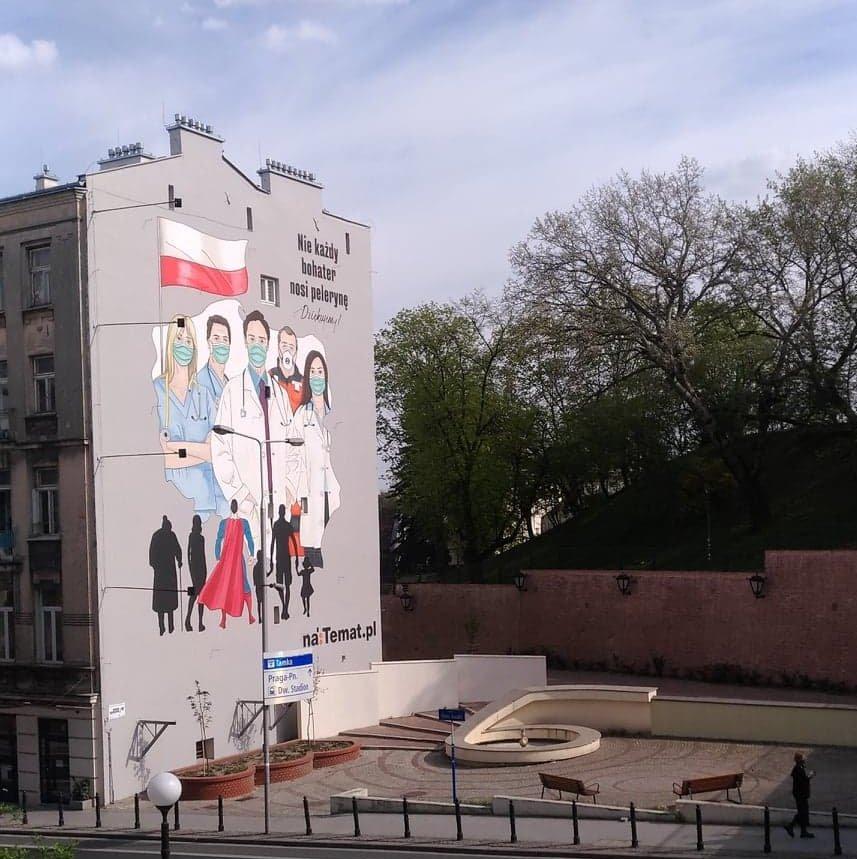 mural z podziękowaniem dla medyków